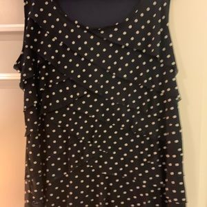 Sleeveless tiered top, size 2X
